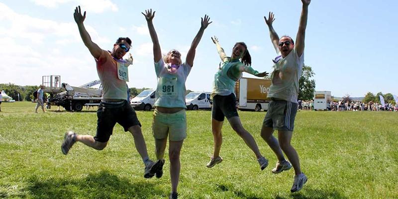 Team GIbe do the CHSW Colour run...